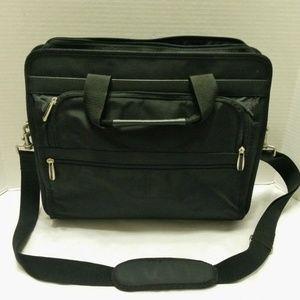 TARGUS Laptop Case Bag & Shoulder Strap